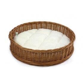 Tazón de fuente de la cesta con la almohadilla
